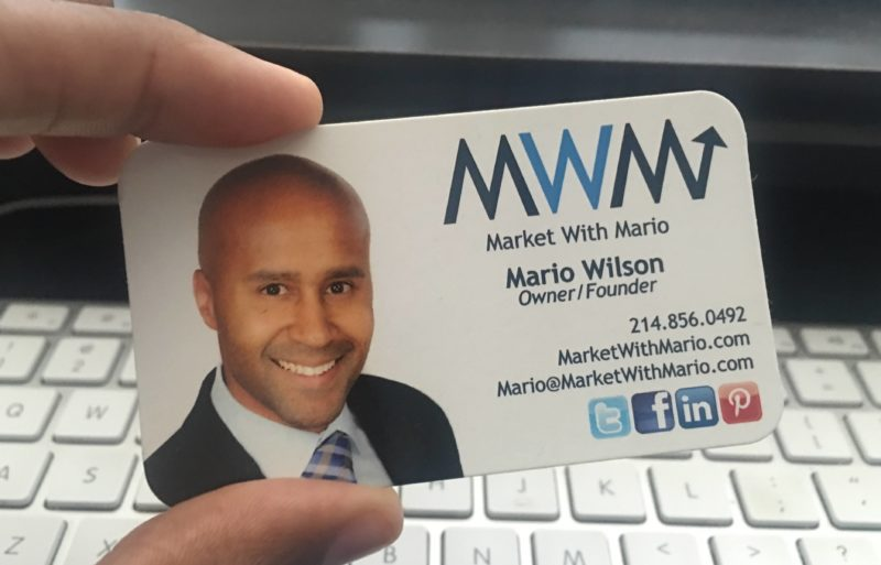 what should be on a business card